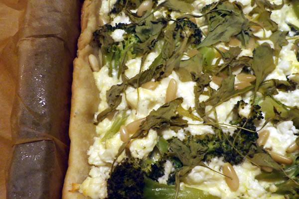 torta broccoli, feta e pinoli