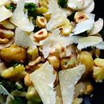 insalata autunnale facile con funghi, castagne e nocciole