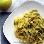 tagliolini al burro, limone e prezzemolo