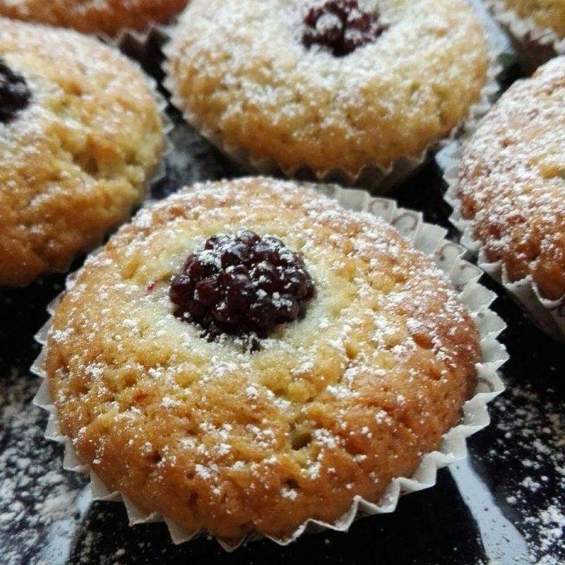 muffin dolci con yogurt e more